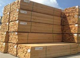 简述正确存放建筑木方的方法?